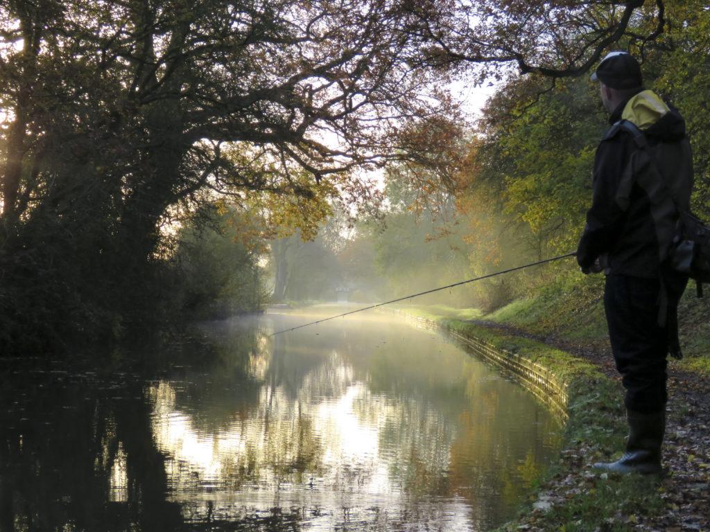 Pergetés egy angliai csatornán, Grand Union Canal